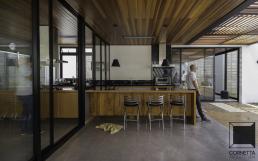 varanda integrada, concreto, piso de concreto, deck, madeira, estrutura metálica