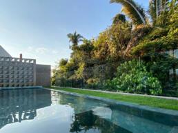 piscina moderna borda infinita